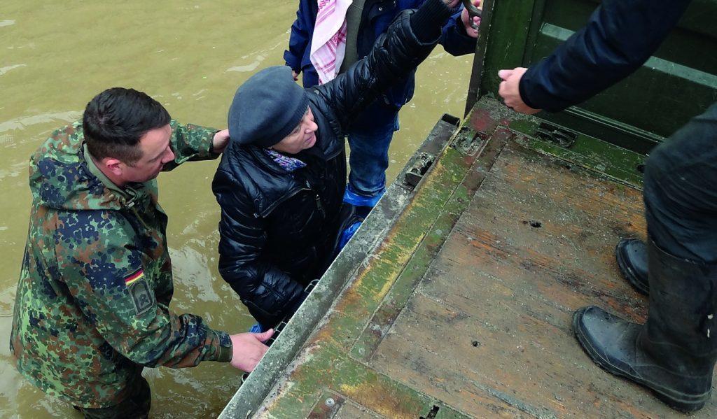 Gesamtheitliche Herausforderung: Die Bundeswehr und ihre elementare Rolle in der nationalen Katastrophenschutzorganisation